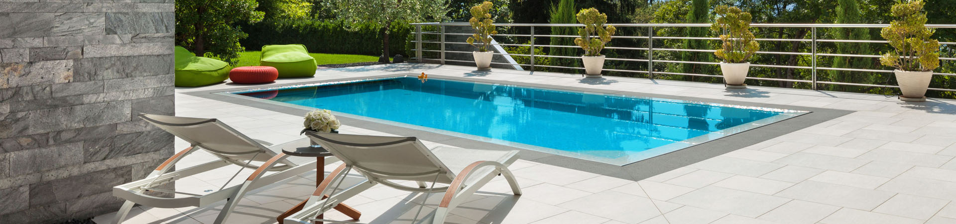 Residential Pool with Pool Deck | Stahlman Pool Company - Naples, Florida
